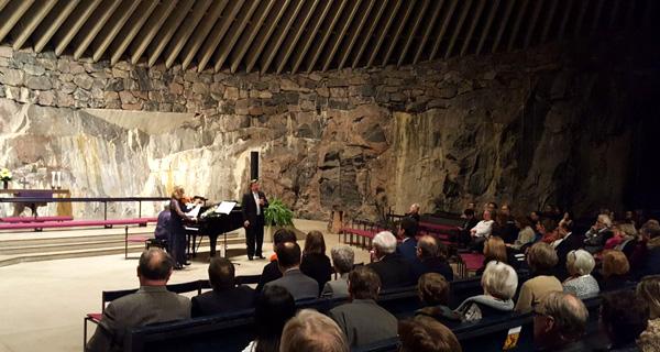 Temppeliaukion kirkkko Maija Weitz, Elisabeth Kropfitsch ja Benno Schollum